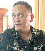19th IB commanding officer LtCol. Federico Tutaan