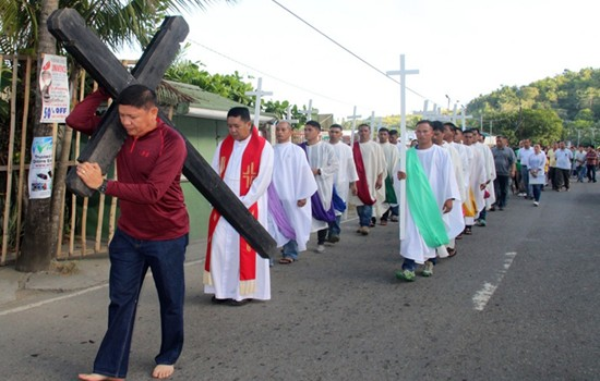8ID Good Friday procession
