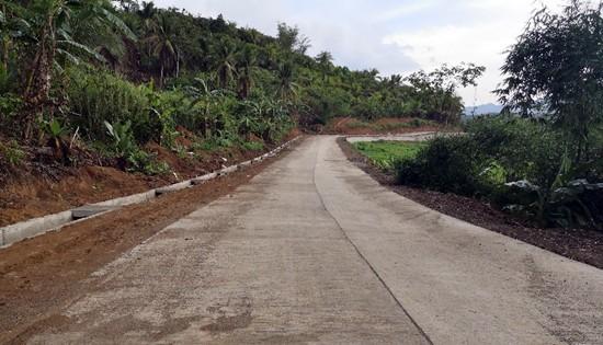 Nalihugan-Rawis Road