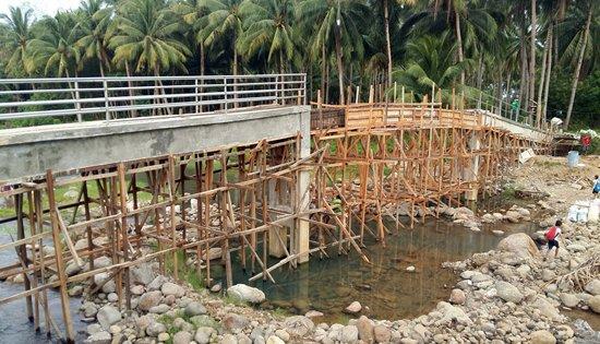 Sitio Tigbao footbridge