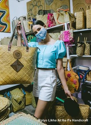 Catriona Gray at Rolyo Likha At Iba Pa Handicraft